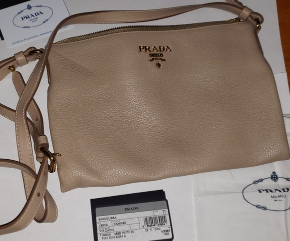 8ec85ae0d847 Prada Bags | Authentic Vit Daino Crossbody Bag | Poshmark